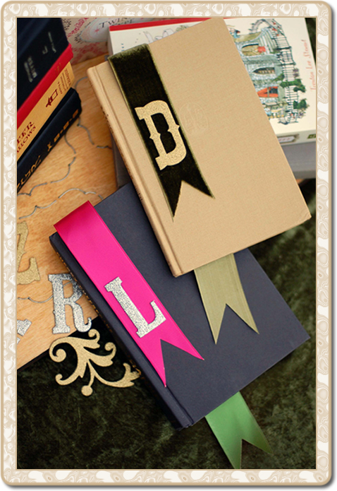 Tt_ribbon_bookmark_framed